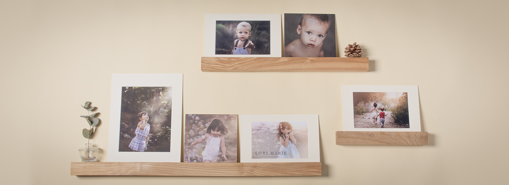 Wooden Photo Ledge for Professional Photographers