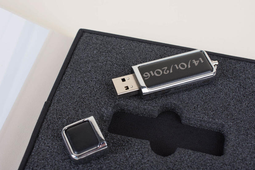 personalised usb stick laser etched dates names professional photographer