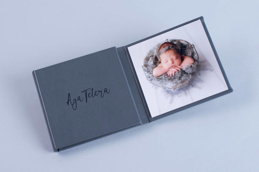 Triplex trifold 3 piece image product grandparent gifts photographer nphoto newborn photography nphoto Aga Tetera nphoto gray upselling tools for photographers