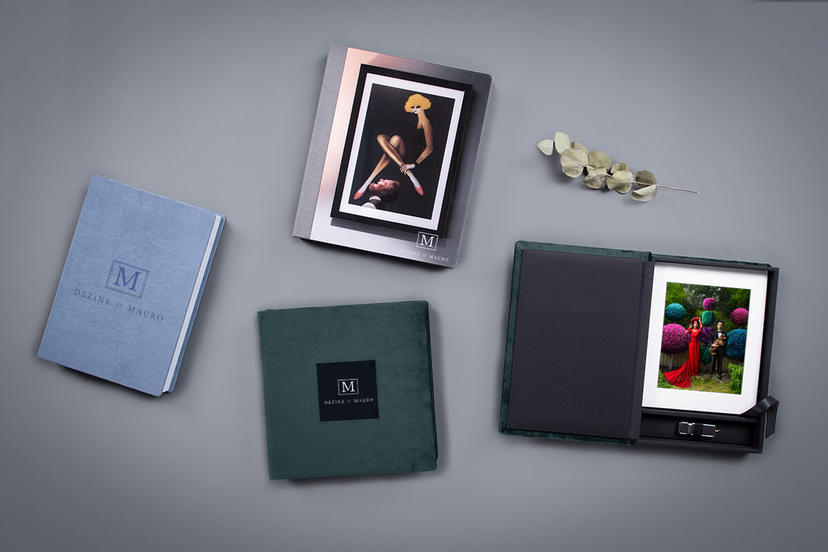 Folio Boxes for photographers with plain, cut-out window and acrylic covers